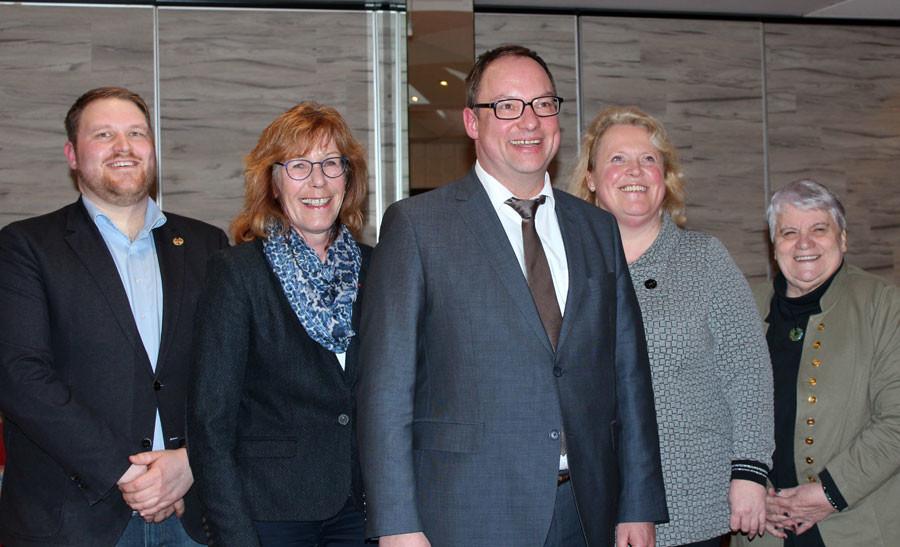 Stephan Korte und Vorstandsmitglieder