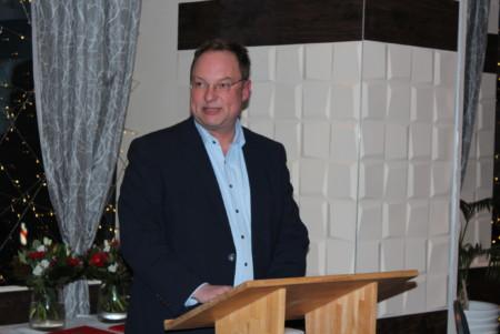 Stuhrs Bürgermeister Stephan Korte bei seinen Grußworten